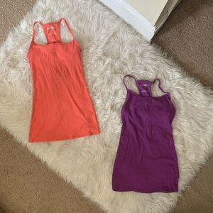Bundle of 2 Old Navy Work out Tank Tops Small